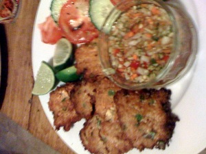 Thai Fish Cakes With Dipping Sauce Greedyrosie S Dinner Blog